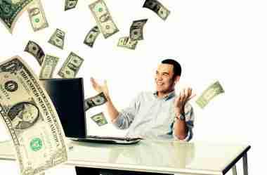 Como ganhar dinheiro com milhas: dicas de especialistas